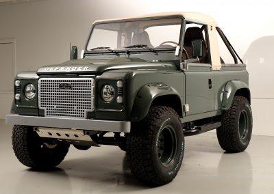 """1989 Land Rover Defender 90 Beach Runner – """"Glencoe"""""""